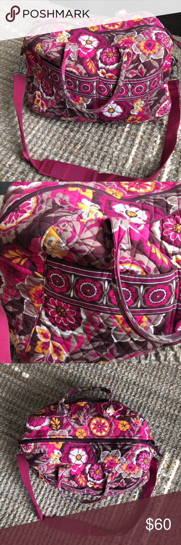 Cute Vera Bradley travel tote Cute Vera Bradley travel tote - great condition. The bottom length is about 17 inches Vera Bradley Bags Travel Bags