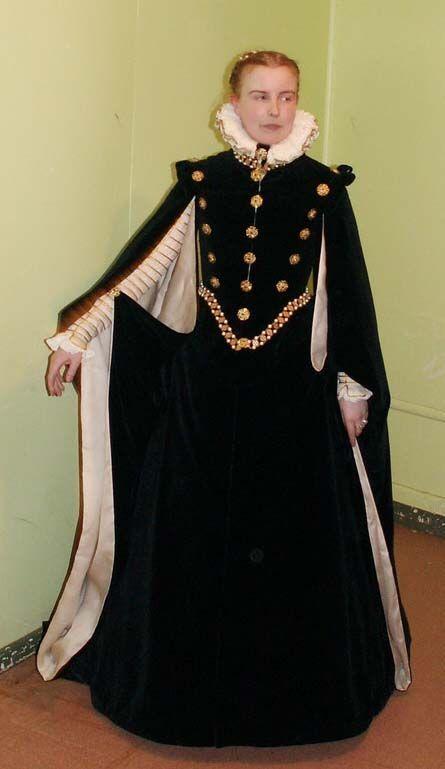 1560s Spanish Renaissance  Based on a portrait of Isabel de Valois (Elizabeth de Valois) painted by Sofonisba Angiscola.