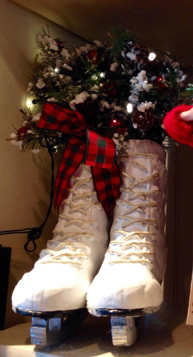 Christmas Ice Skates Cracker Barrel Gift Shop Cracker