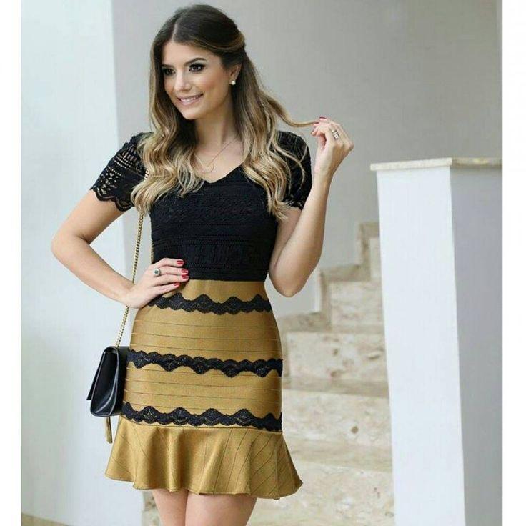 """""""A linda @arianecanovas com nosso vestido bandagem + renda.... Amamos muito ♥♥♥♥♥"""""""
