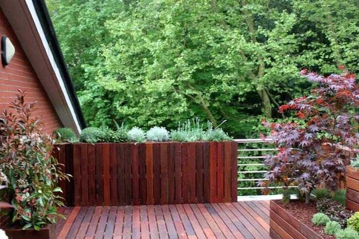 Dise o de jardin en atico en san sebasti n jardines la for Diseno de interiores san sebastian