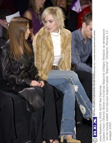 Шарон Стоун (Sharon Stone) и Аллегра Версаче (Allegra Versace) (379×480)