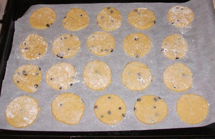 Ricetta biscotti delicati senza burro con yogurt e gocce di cioccolato pubblicata da palmagiuliana79@gmail.com - Questa ricetta è nella categoria Prodotti da forno dolci