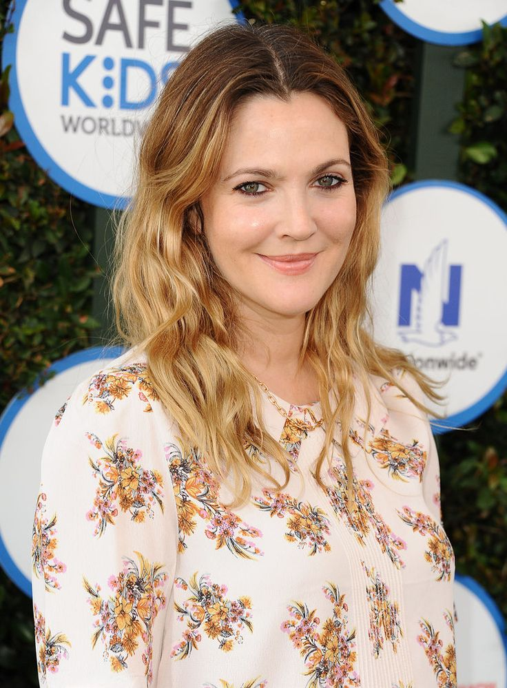 Drew Barrymore recently turned 40 — let that sink in as you scroll through these gorgeous photos from her day at an LA charity event!