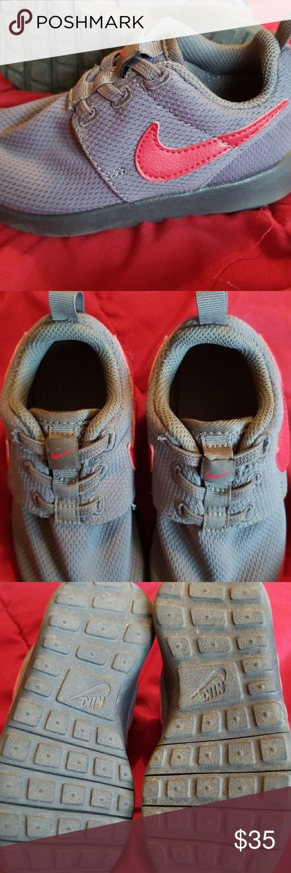 Toddler Nike Shoes Worn a hand full of times but still in great condition . They have some dirt on the bottom but other then that they look great! They are a size 9 toddler Nike Shoes