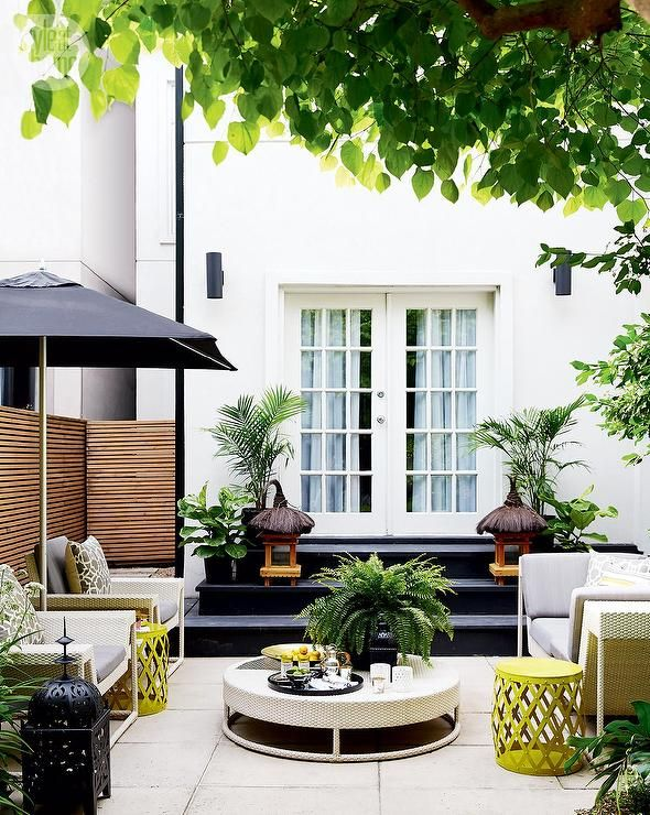 Yellow and gray patio