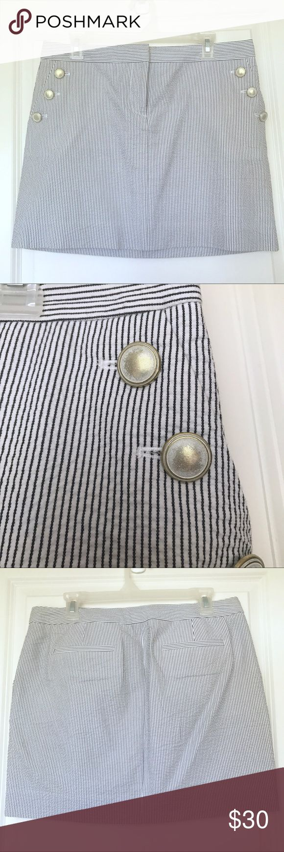 """J.Crew Striped Seersucker Skirt size 8 EUC J.Crew striped seersucker skirt size 8. 17"""" across waist. 15.5"""" long. Button tab front pockets and faux back pockets. 20% off bundles of 2+ items plus combined shipping! J. Crew Skirts"""