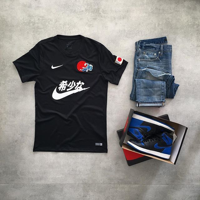コンセプトのクラブ® 🔴Today's fit...- The Concept Club Nike Custom Jersey- Uniclo Selvedge Denim- Air Jordan 1 retro OG « Royal »