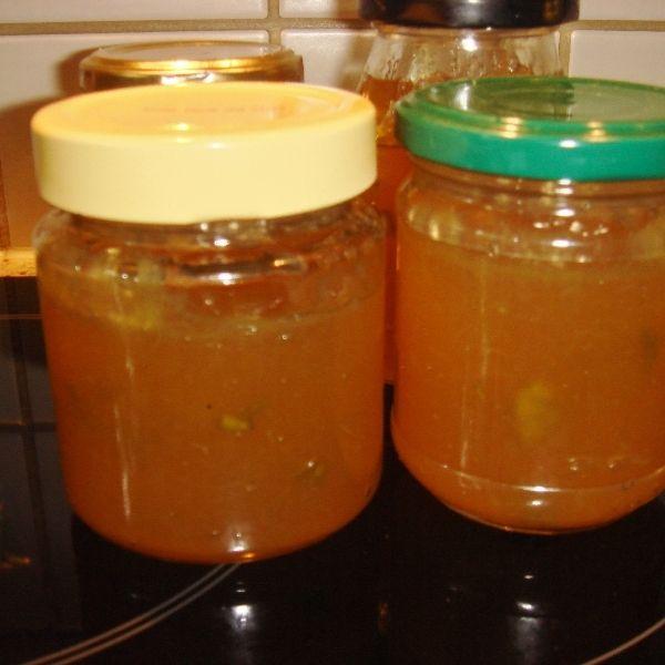 Ein fruchtiges Gelee, das man aus Galiamelone oder Netzmelone einfach herstellen kann.