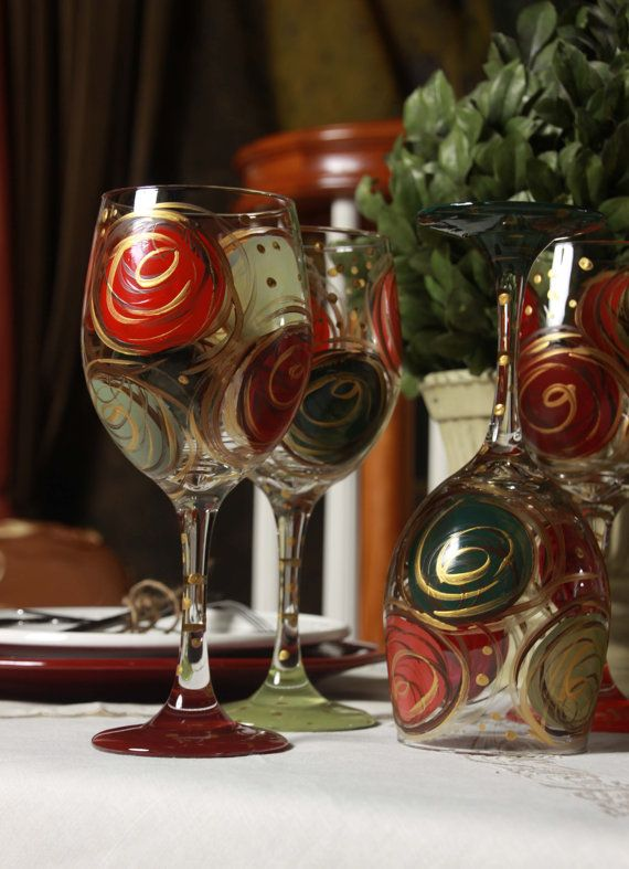 Hey, I found this really awesome Etsy listing at https://www.etsy.com/listing/168755545/wine-glasses-hand-painted-christmas