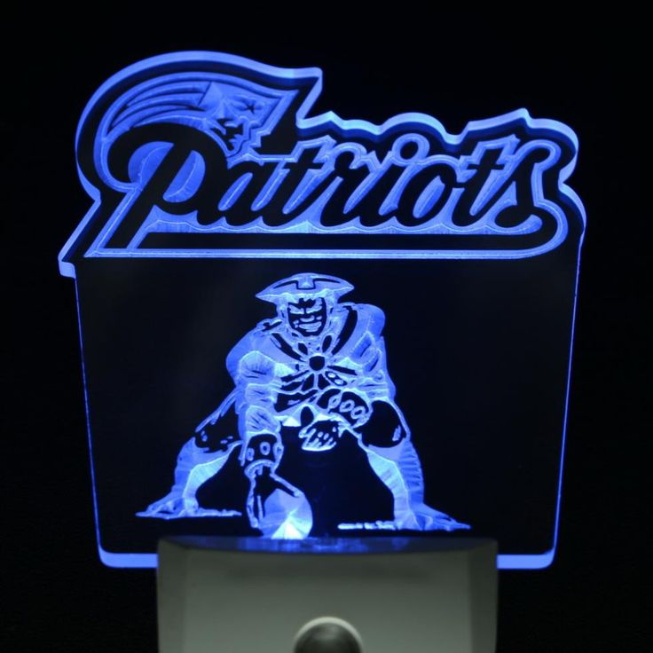 "New England Patriots 4"" by 4"" LED Night Sensing Light"