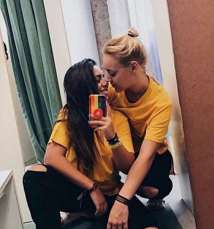 Teen Lesbiams