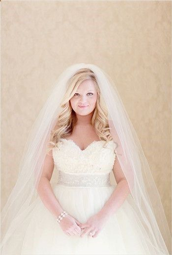 plus size wedding dress | pleasureweddingz.compleasureweddingz.com