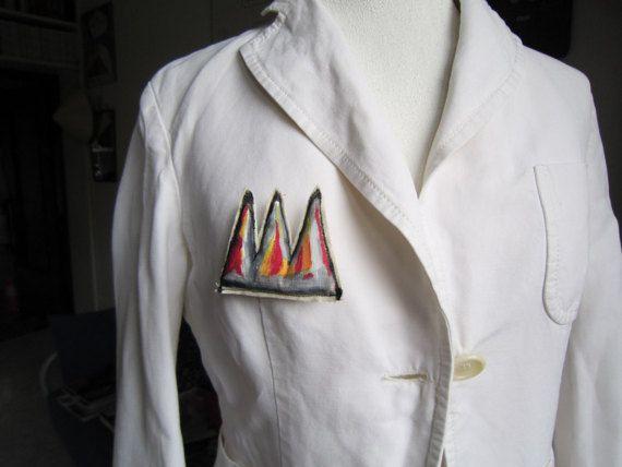 Basquiat corona art mini spilla regalo S.Valentino pop art graffiti arte regalo compleanno anniversario laurea regalo unisex arte tessile