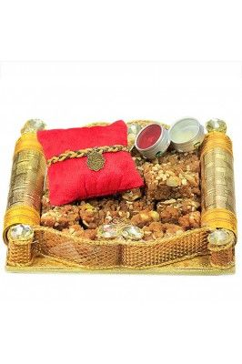 Express your love to your brother by getting this Ganesha Rakhi and Dodha Barfi Hamper #gifthamper #onlinerakhi #rakhihamper #rakhigiftsonline Shop now-  https://trendybharat.com/festival/rakhi-gifts/rakhi-online/ganesha-rakhi-and-dodha-barfi-hamper-rbswt16-40