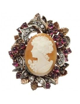 Ring in rose and silver gold, diamonds, cameo and garnets.