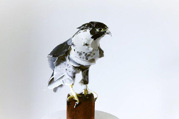 Paper sculptures by Anna-Wili Highfield   www.annawilihighfield.com