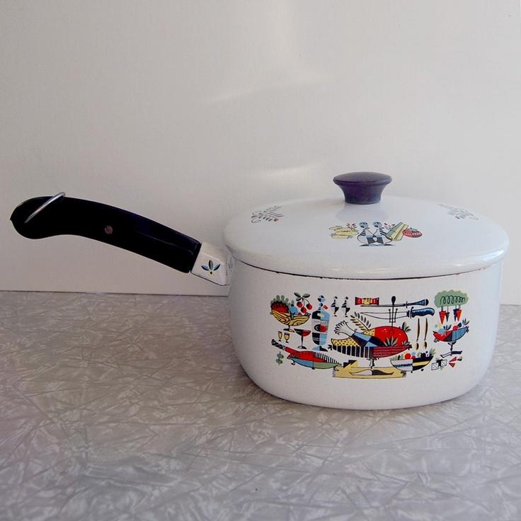 Midcentury saucepan. $16.50, via Etsy.