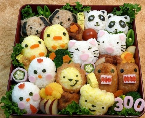 Yiyeceklerden Yapılan 10 Sanat Eseri Japonya'da bir restoranda yapılan bu yemekler müşteriler tarafından çok beğeniliyor.Yemeklerle muhteşem sanat eseri ortaya çıkaran restoran sadece öğle aralarında bu yemekleri servise çıkarıyor.İlerleyen günlerde akşamları da sunum yapabileceklerini belirtiyorlar. 1-Pilav ve brokoli 2-Pil... Eklendi, Daha fazlası için Soosyo'ya Gel!