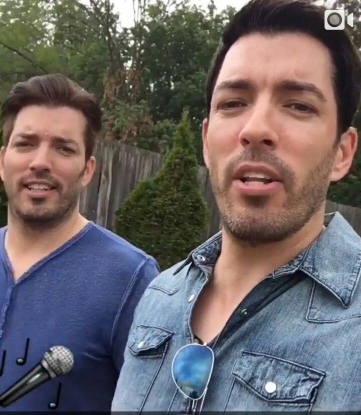 #LipSyncBattle at CMT Music fest...in Canada w/Jonathan & Drew Scott. July 2016