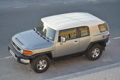 Toyota FJ Cruiser, Top of the Range, GCC Specs, With Diff. Lock for Sale - AED 67,500  http://www.autodeal.ae/used-cars-for-sale