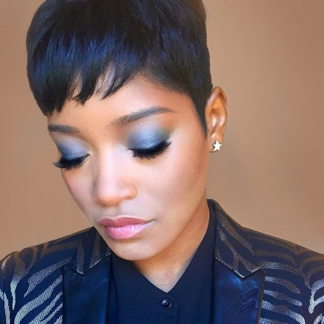 Keke Palmer!!!!  Thanks @buxomcosmetics I absolutely love your new customizable Eyeshadow Palette. I created this look using Luxe Life (lighter blue) and Backstage Pass (darker blue) #buxombabe