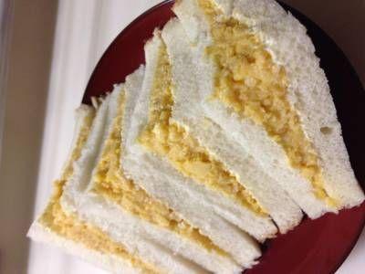 土井 善晴 さんの食パンを使った「たまごサンド」。食べごたえがあって、食べ飽きないやさしい味に、どこか懐かしさを感じるサンドイッチです。 NHK「きょうの料理」で放送された料理レシピや献立が満載。