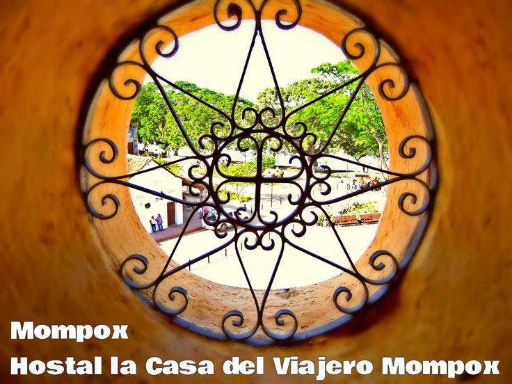 Mompós en Bolívar  Un lugar con mucha arquitectura, vive la historia en cada esquina de esta hermosa ciudad Colonial.  Alojarte y obtendrás guianzas gratis por la ciudad Colonial.  Hostal la Casa del Viajero  Tel. 5 6840657  Cel. 3106522788  Wasap