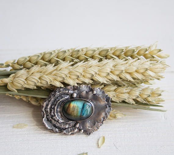 Labradorite brooch / flower brooch / silver flower brooch /