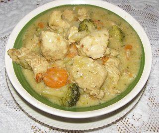 W Mojej Kuchni Lubię.. : gulasz z indyka z warzywami...
