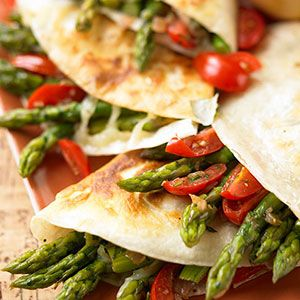 """Asparagus Quesadillas:   Asparagus in crispy tortilla """"sandwiches.""""      For a really hearty meal, serve with side dishes of beans and rice. Or make the quesadillas an accompaniment to grilled fish, such as halibut or flounder. [click for recipe]Fun Recipe, Breakfast Tomorrow, Food, Organic Gardens, Quesadillas Recipe, Gardens Mag, Asparagus Quesadillas, Organic Asparagus Recipe, Healthy Asparagus Meals"""