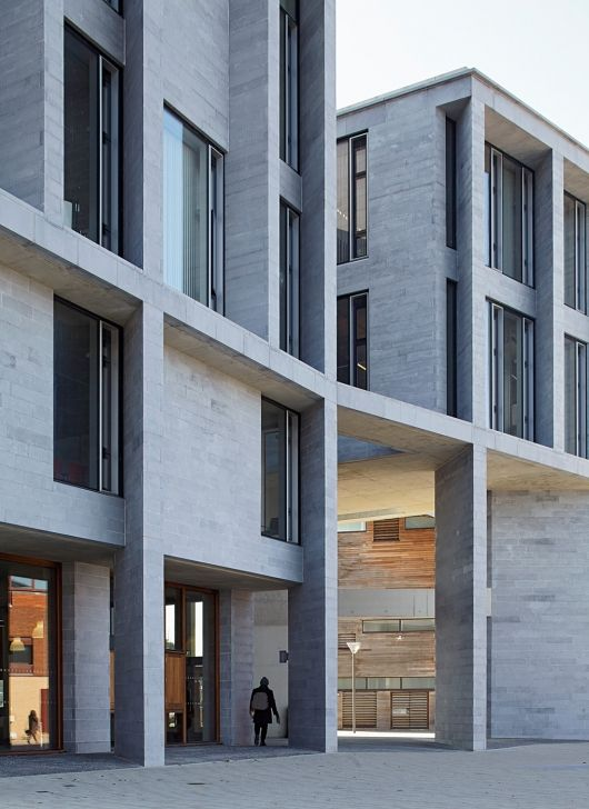 University of Limerick, Medical School, Student Housing, Piazza and Pergola in Limerick, Ireland by Grafton Architects. Photo: Dennis Gilbert.