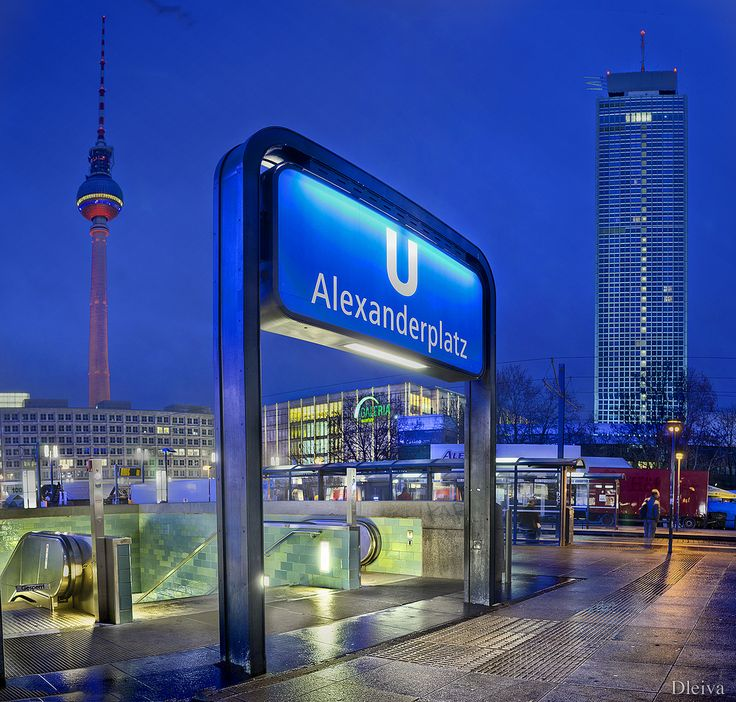 Metro - Alexanderplatz (Berlin, Germany) _____________________________ Bildgestalter http://www.bildgestalter.net