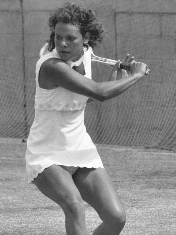 Evonne Goolagong Cawley is one of Australia's most sucessful tennis players. Description from glogster.com. I searched for this on bing.com/images