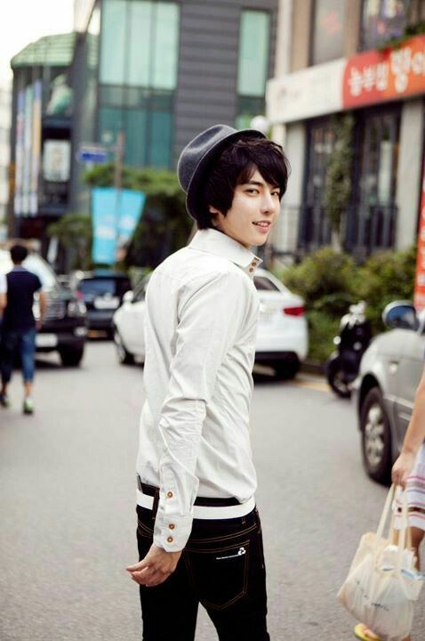 8 Best Images About Park Tae Jun ♡ So Cute On Pinterest