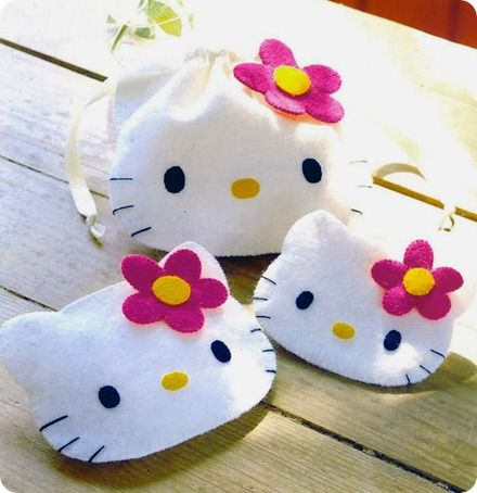 Bolsinha Hello Kitty #sew #patterns #bags