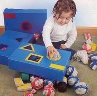 """""""A criança aprende brincando e brincando ela é feliz"""" Ensinar de maneira lúdica através de jogos pedagógicos, abaixo algumas ideias..."""