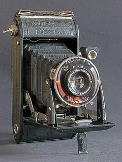 Bessa by Voigtländer Vintage camera Antique photography