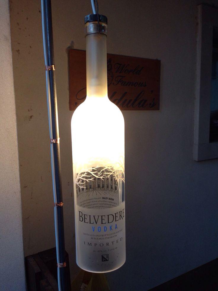 Nuovo lavoro.....lampada con bottiglia di vodka da 3lt