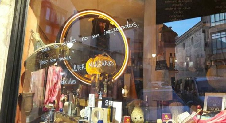 La poesía y la música se vienen a vivir a Toledo http://www.abc.es/espana/castilla-la-mancha/toledo/ciudad/abci-poesia-y-musica-vienen-vivir-toledo-201709011226_noticia.html?utm_campaign=crowdfire&utm_content=crowdfire&utm_medium=social&utm_source=pinterest