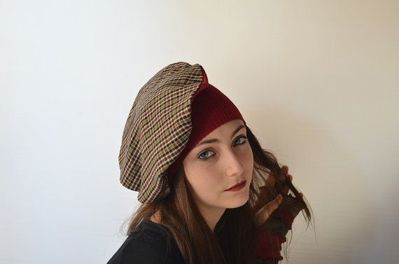 Hat Slaam. Versatile hat. Red and checked. Eco by Artedicarte