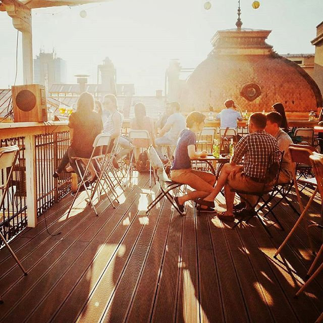 SKY BAR – Pura Vida Sky Bar & Hostel - Old Town Bucharest