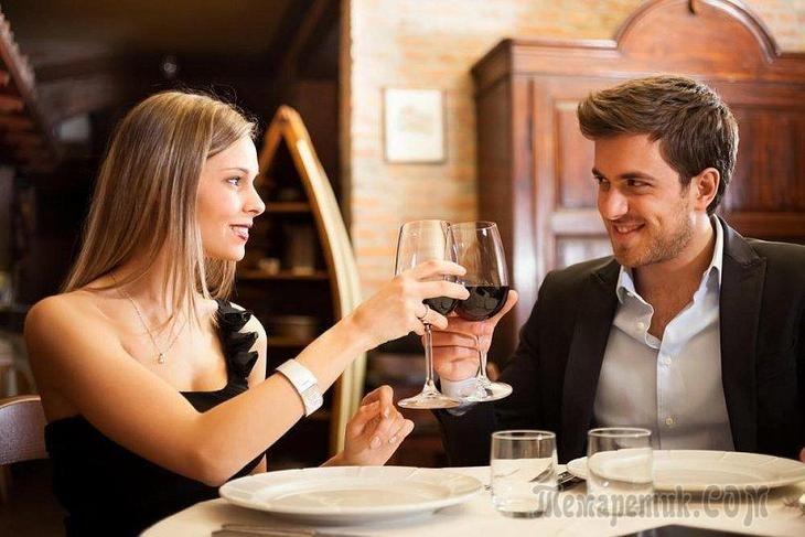 Отношения с мужчиной: о чем не стоит говорить на первом свидании?
