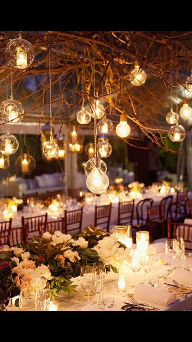 Hyggeligt udendørs bryllup