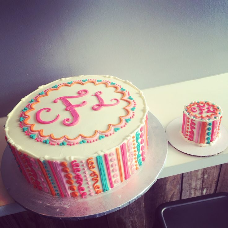 Girly monogram frill cake and matching smash!!! By Hayleycakes and cookies