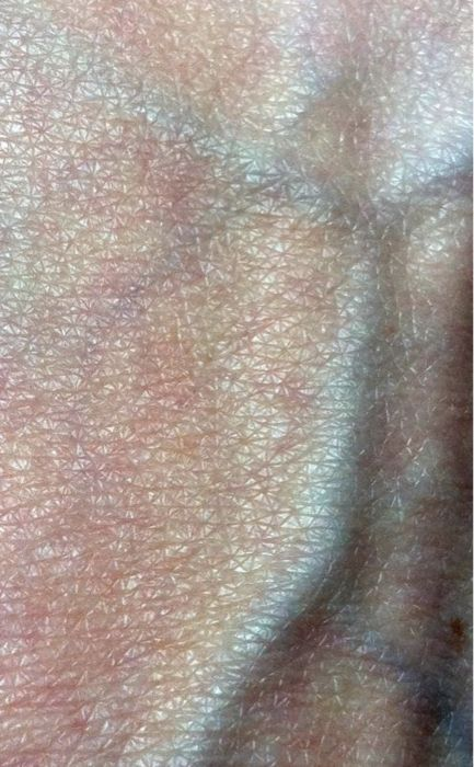 How beautiful are the texture and layers of skin?