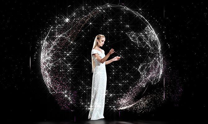 El primer Holographic Fashion Show en 3D del mundo para el diseñador  Tim Jockel.