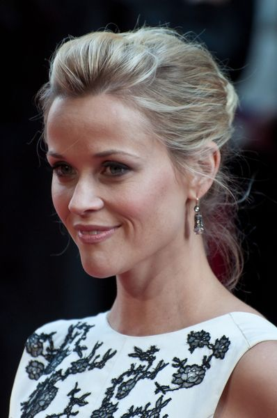 76 best reese hairspiration images on pinterest reese reese witherspoon updo pmusecretfo Gallery