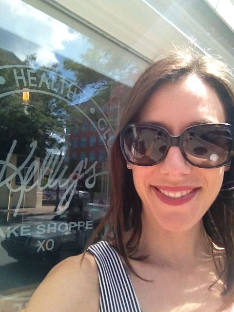 Thank you Stephanie C. for the great blog written about Kelly's Bake Shoppe <3