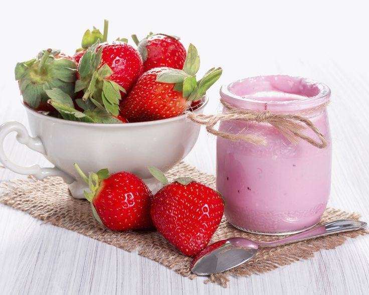 Dulciuri sanatoase | Iaurt de casa aromat cu fructe. O bucurie 100% naturala!
